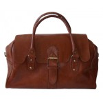 Leather weekend bag  in Tan